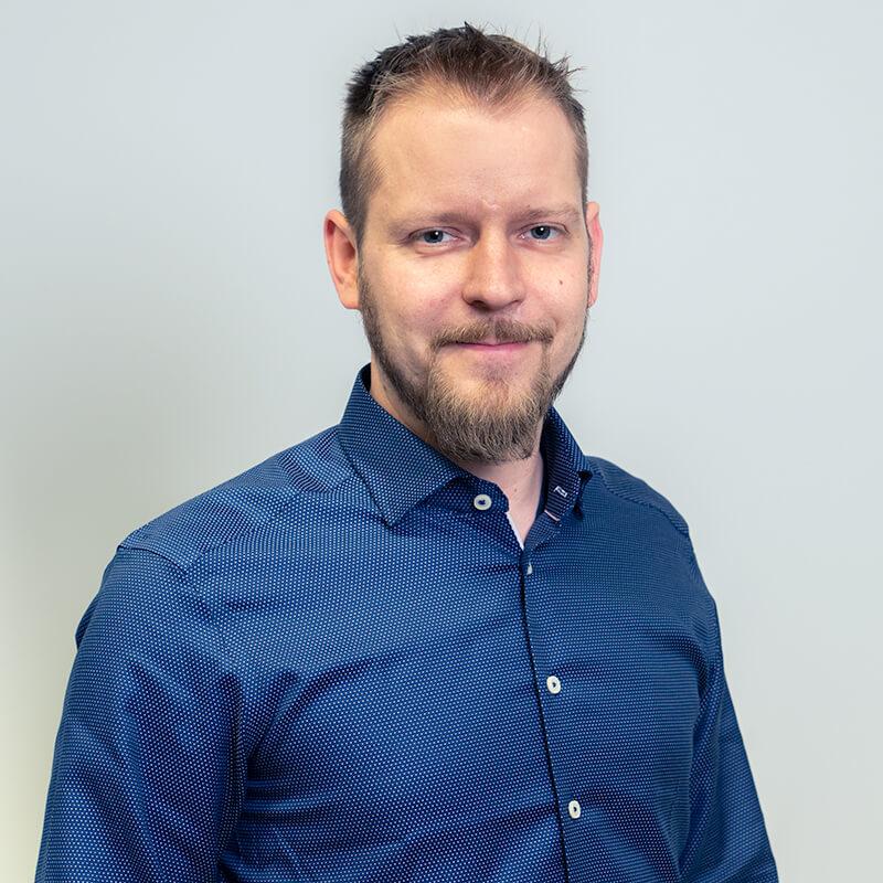 Sakela Rakennus Oy - Yhteystiedot - Jukka Hyyppä