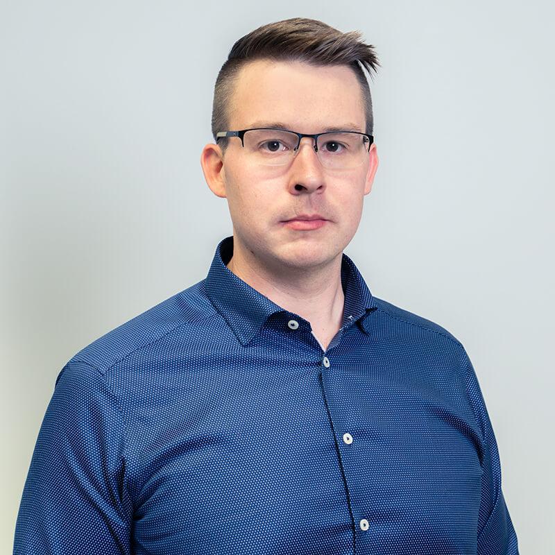 Sakela Rakennus Oy - Yhteystiedot - Tatu Laakkonen